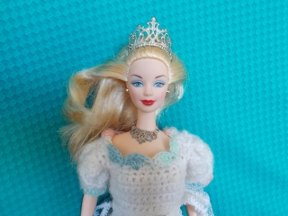 Barbie Holiday millenium princess